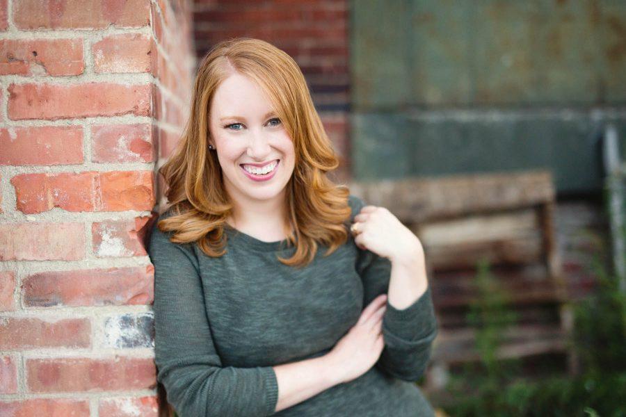 Elise Groves, Soprano   Boston Headshots