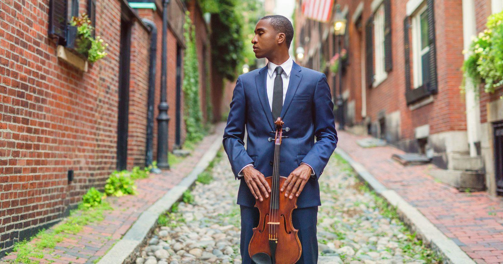 Jason Amos, Viola