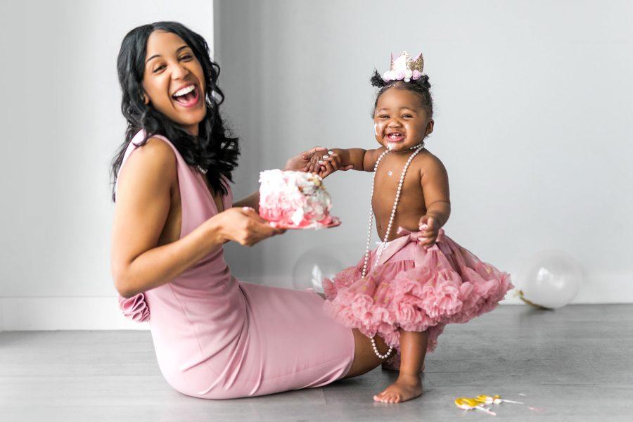 Evelyn turns ONE! | Boston Cake Smash Photographer