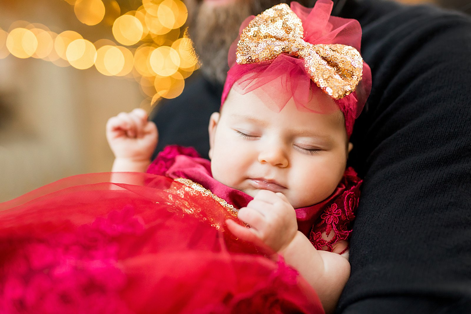 newborn holiday dress lights bokeh