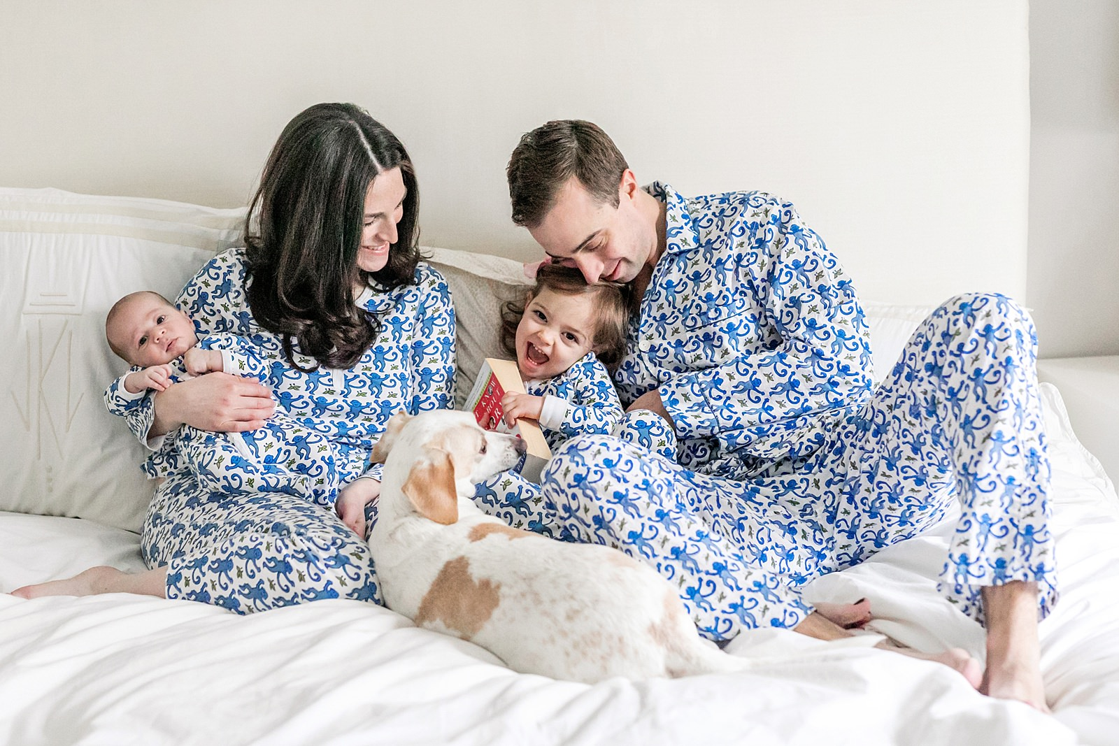 matching pajamas family photo