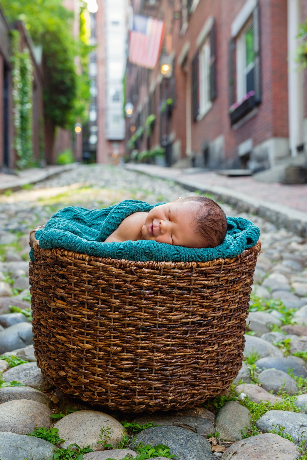 beacon_hill_boston_newborn_photographer_13