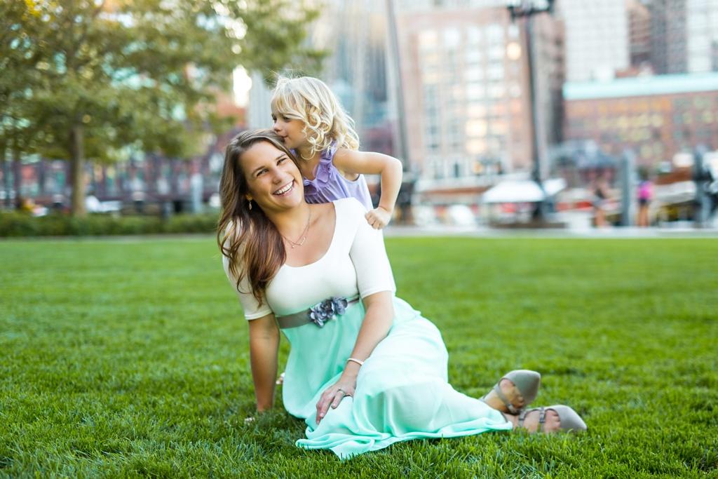 family_photos_downtown_boston_036