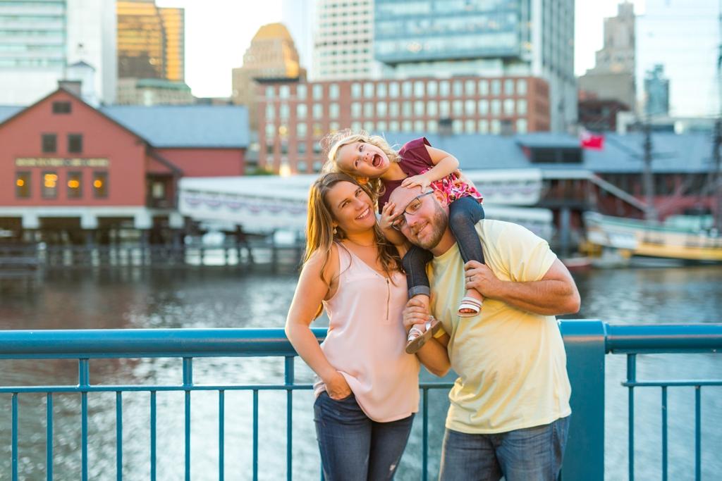 family_photos_downtown_boston_052